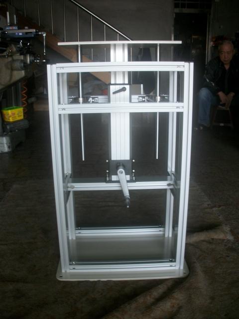 鋁擠型、鋁擠型配件、鋁擠型,鋁擠型加工,機械外殼,鋁精密滑台,xy滑台,微型滑台