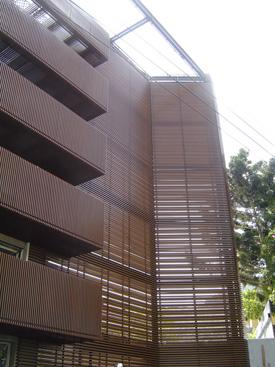铝格栅-老旧建筑物新风貌.