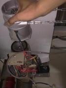 台中24H鐵捲門馬達修理-電動捲門遙控器