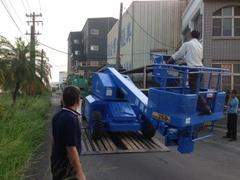 維修各類自走式高空作業車