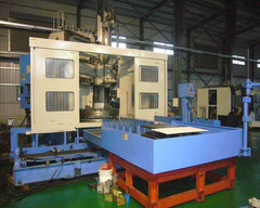 CNC 立式車床 2米加工徑(車銑磨複合式) 7米